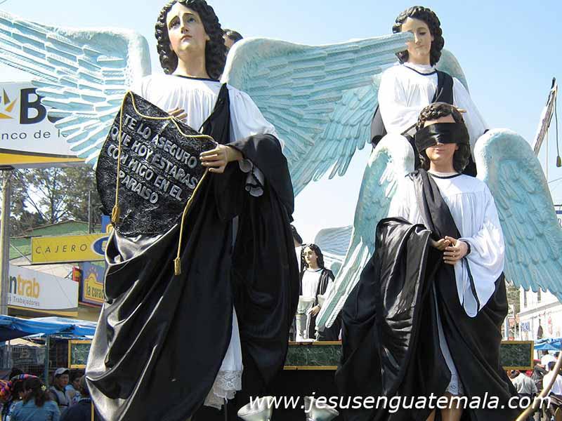 Anna Santos Abril 2010: Procesión Jesús Sepultado, Iglesia San Nicolás