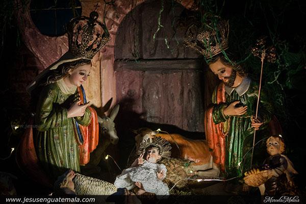 nacimiento licda aracely samayoa 2j